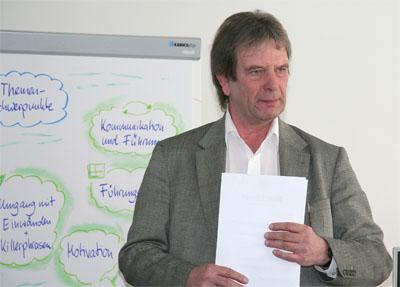 Jürgen Burberg während eines Führungskräfte-Workshops für Jafra Cosmetics im Februar 2010 in München